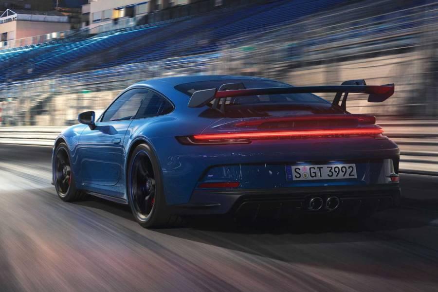 Ατμοσφαιρικό «τέρας» η νέα Porsche 911 GT3