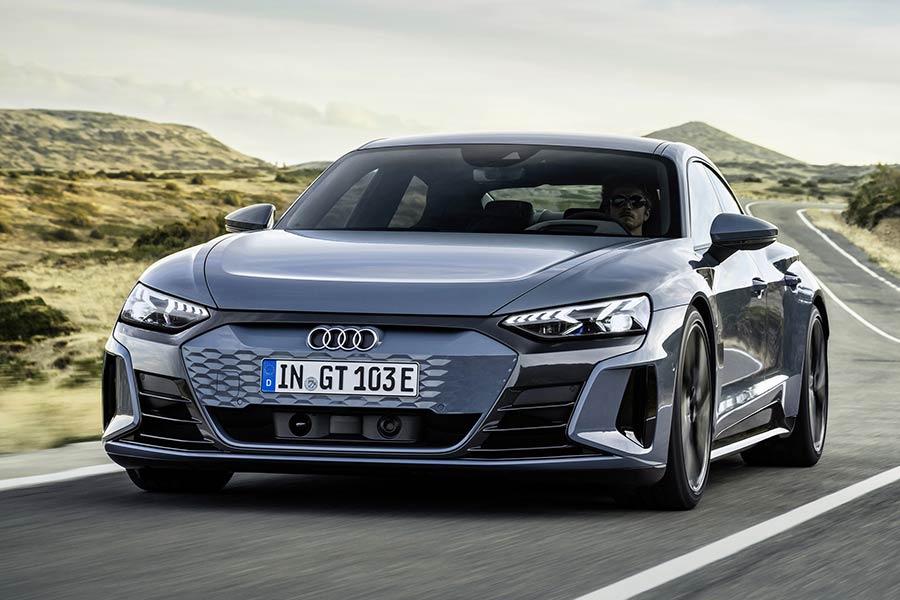Audi: «Μικρότερη αυτονομία τα ηλεκτρικά στο μέλλον!»