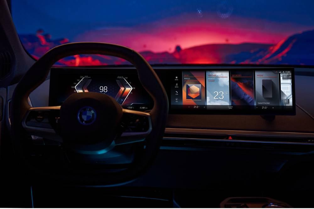 Υπερσύγχρονο σύστημα iDrive 8 από τη BMW