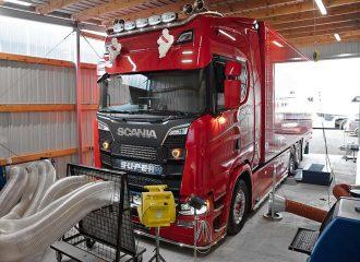 Βελτιωμένο Scania με 725 άλογα και 3.570 Nm ροπή!
