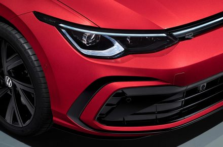 Διαθέσιμα νέα ήπια σπορ και υβριδικά VW Golf