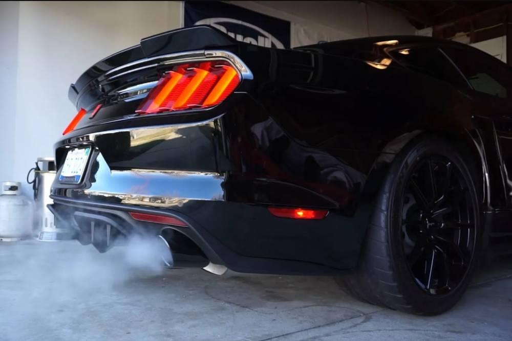 Γιατί ο κινητήρας ακούγεται καλύτερα κρύος; (+video)
