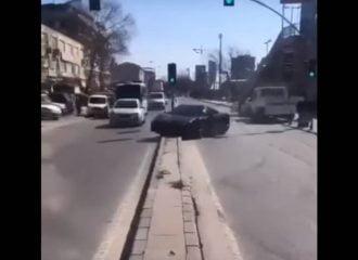 Τούρκος κάνει Ferrari 458 «μπακλαβά» (+video)