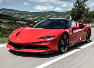 «Βουτιά» δημοτικότητας για τη Ferrari
