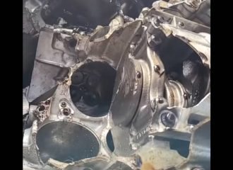 Μοτέρ Jeep εξερράγη στις 50.000 σ.α.λ.! (+video)