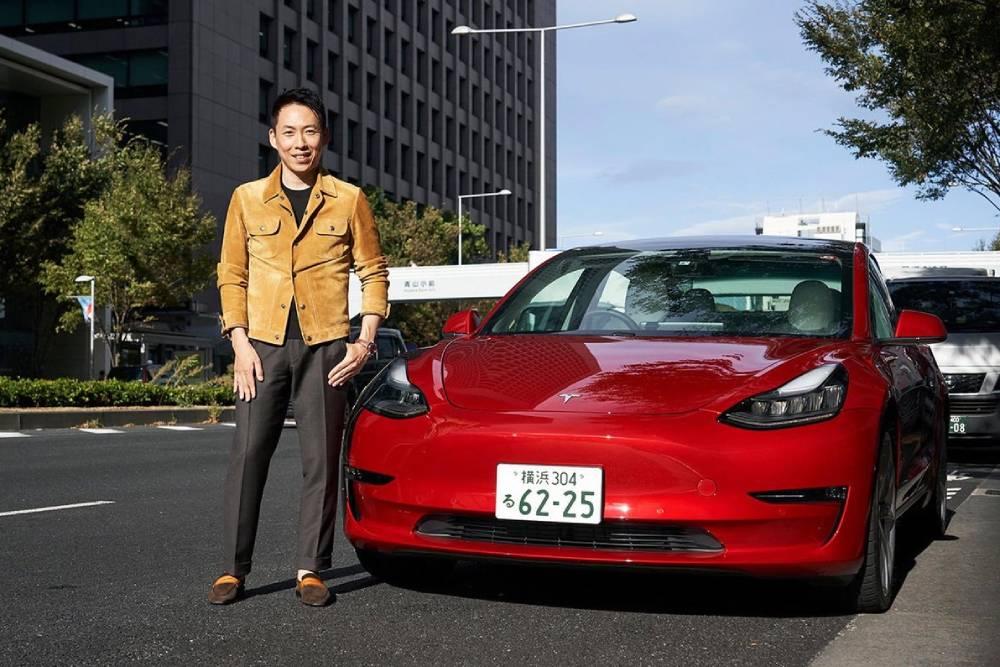 Οι Ιάπωνες «τρελαίνονται» για Tesla Model 3