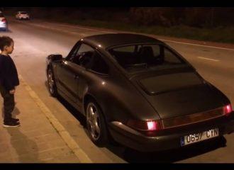Πιτσιρίκος πέφτει τ' ανάσκελα με Porsche 964 (+video)