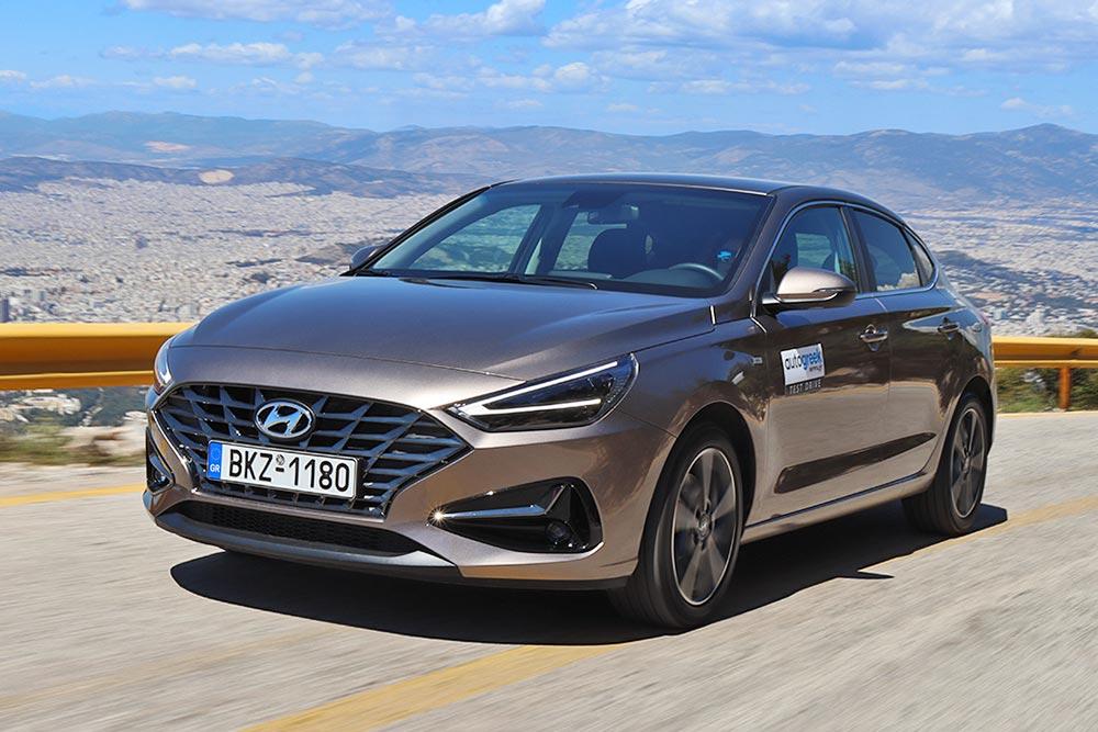Δοκιμή Hyundai i30 Fastback 1.5 T-GDi 7-DCT 48V Hybrid