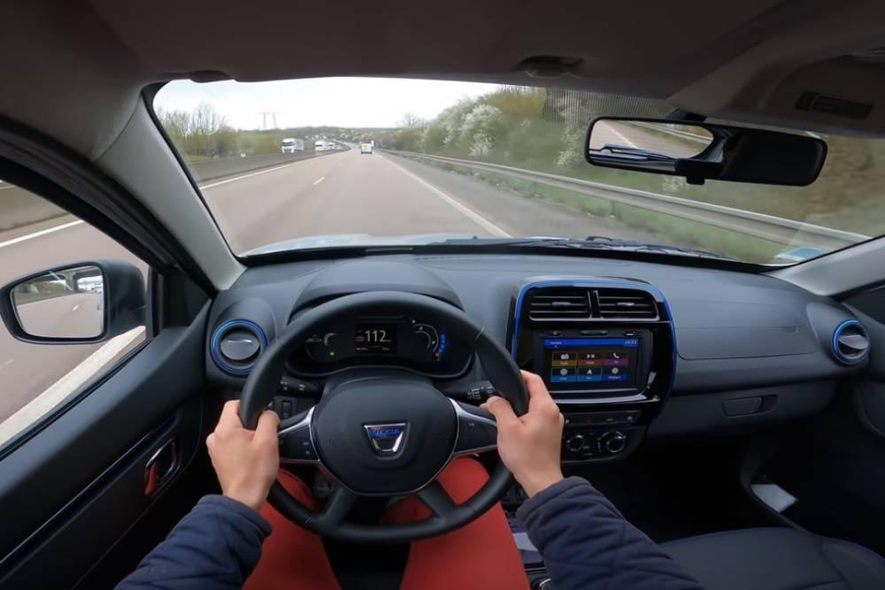 Τελικές «καρέτα-καρέτα» με Dacia Spring (+video)