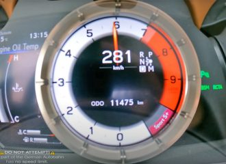 Lexus LC 500 Cabrio σπάει τα κοντέρ!(+video)
