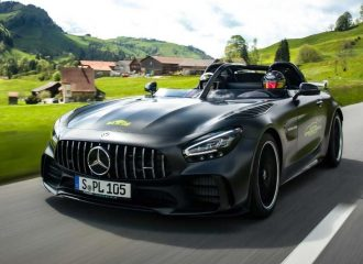 Mοναδική μετατροπή Mercedes AMG GT σε Speedster