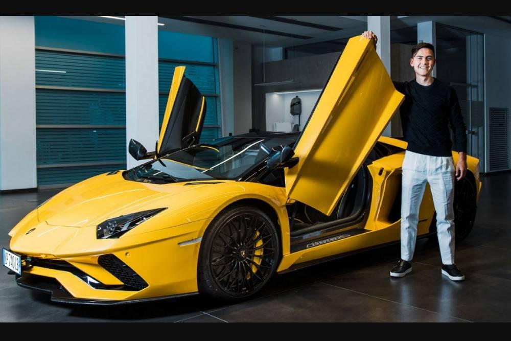 Στα 100 γκολ δώρο μια Lamborghini Aventador S