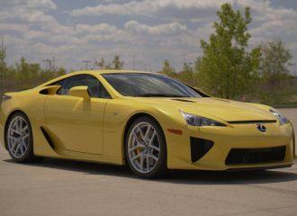 Lexus LFA με 115 χλμ. είναι ακόμα στην αντιπροσωπεία!