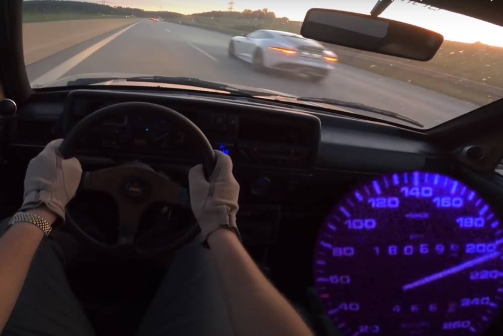 VW Golf G60 του 1990 σφυρίζει στην autobahn (+video)