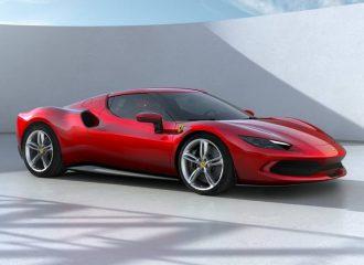 Τρελαίνει κόσμο η πρώτη V6 Ferrari 296 GTB με 830 άτια!