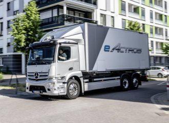 Αθόρυβες μεταφορές με το ηλεκτρικό Mercedes Actros