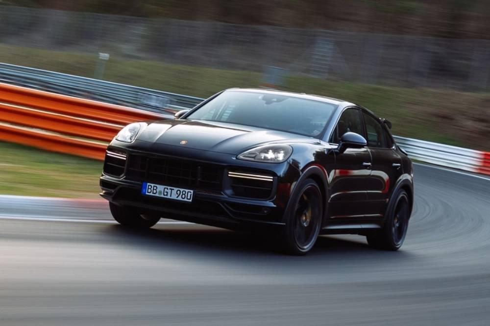 Η Porsche διέλυσε το ρεκόρ της Audi στα SUV (+video)
