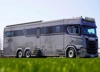 Αρχοντικό Scania για λουσάτες διακοπές