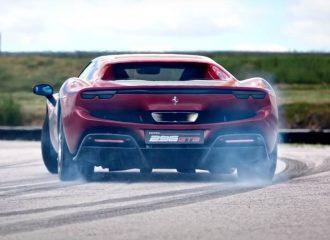 Έτσι «γυρνάει» η νέα Ferrari 296 GTB (+video)