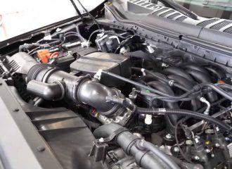 Η Ford εξελίσσει twinturbo V8 μοτέρ 7.3 λίτρων!