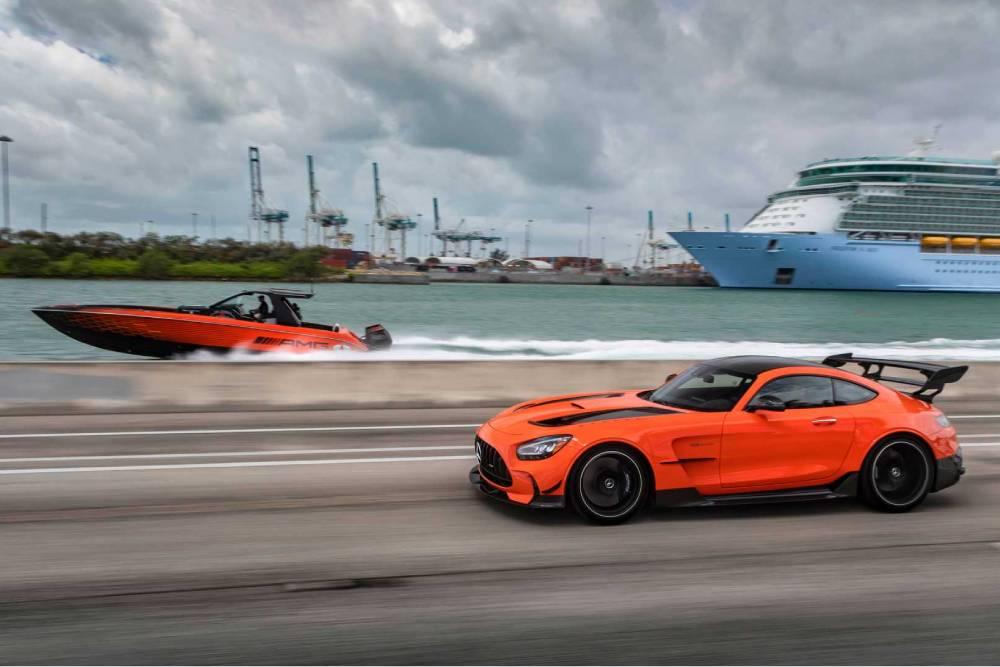 Τσουνάμι ισχύος η Mercedes-AMG των 2.250 ίππων