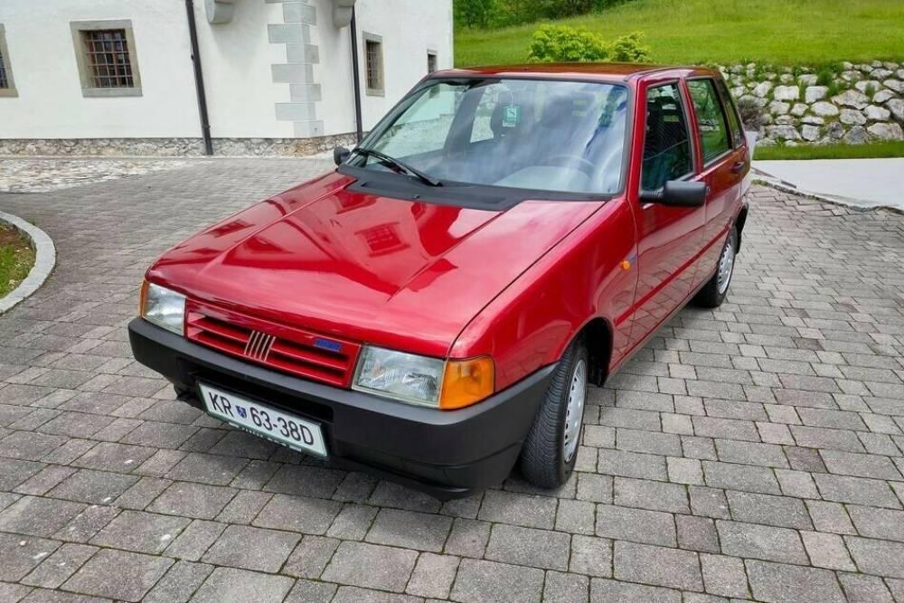 Πωλείται άστρωτο Fiat Uno του 1989