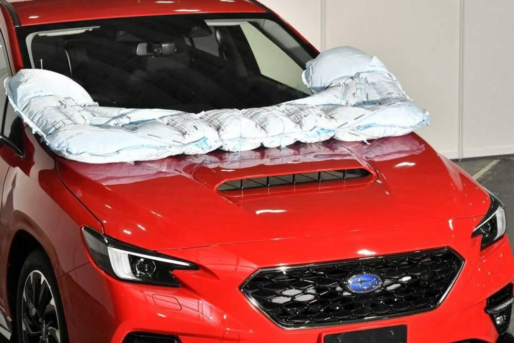 Η Subaru λανσάρει αερόσακο πεζών