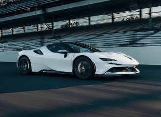 Η Ferrari SF90 διέλυσε ρεκόρ της Porsche (+video)