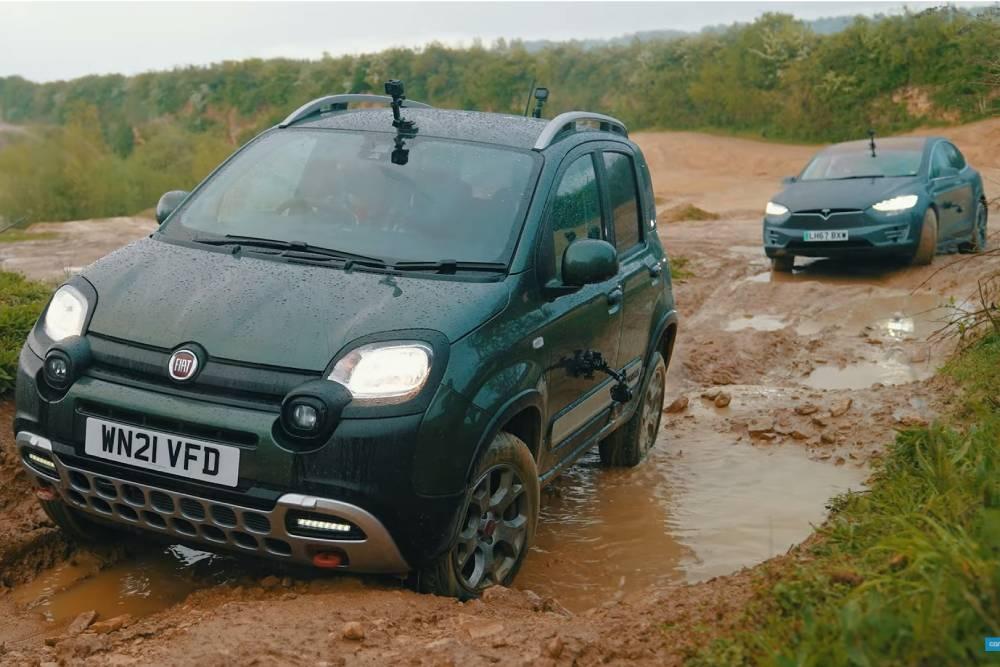 Fiat Panda Cross διασύρει Tesla Model X! (+video)