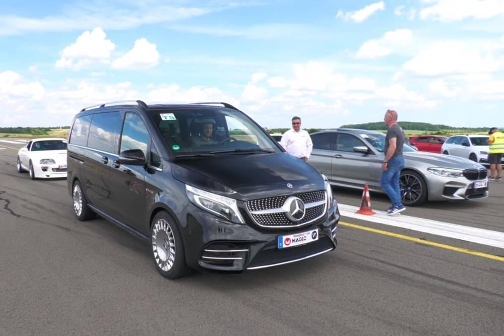 Mercedes V-Class 585 ίππων «ψάχνεται» (+video)