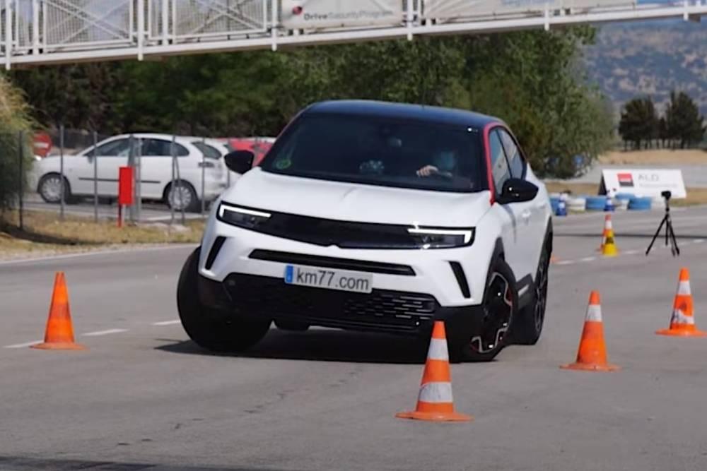 «Μονοποικιλιακό» στον τάρανδο το Opel Mokka (+video)