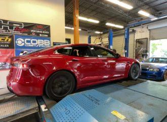 Tesla Model S παραλίγο έσπασε το δυναμόμετρο!