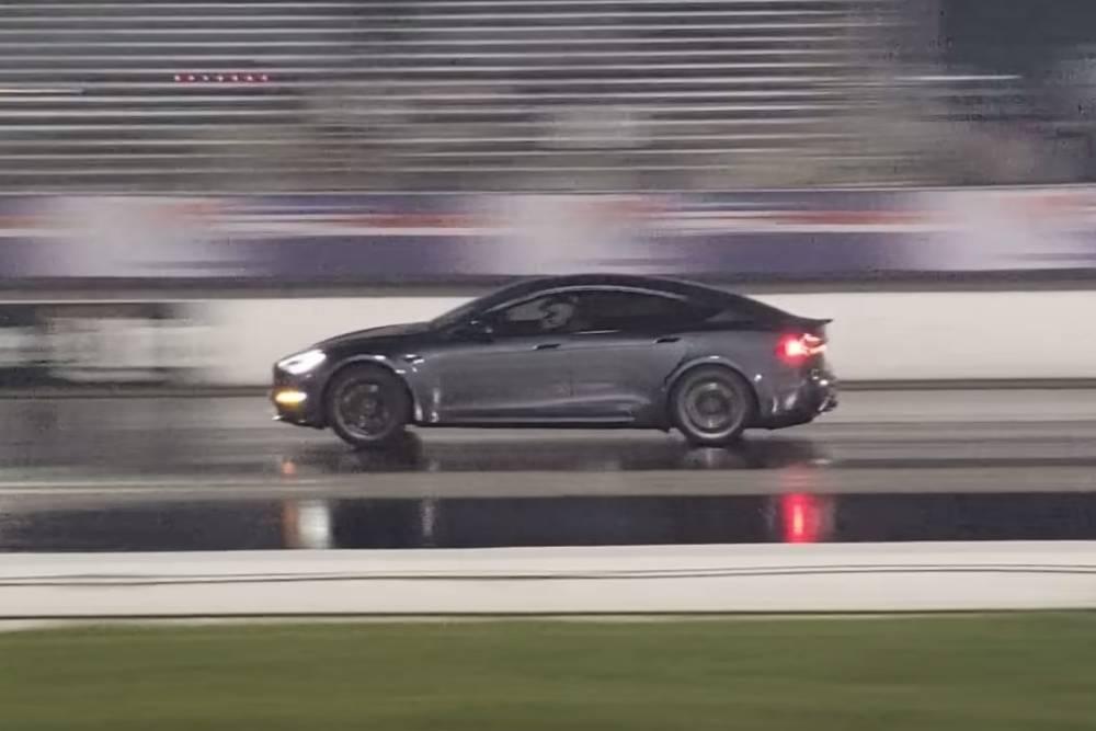 Ρεκόρ όλων των εποχών στο 400άρι από Tesla! (+video)