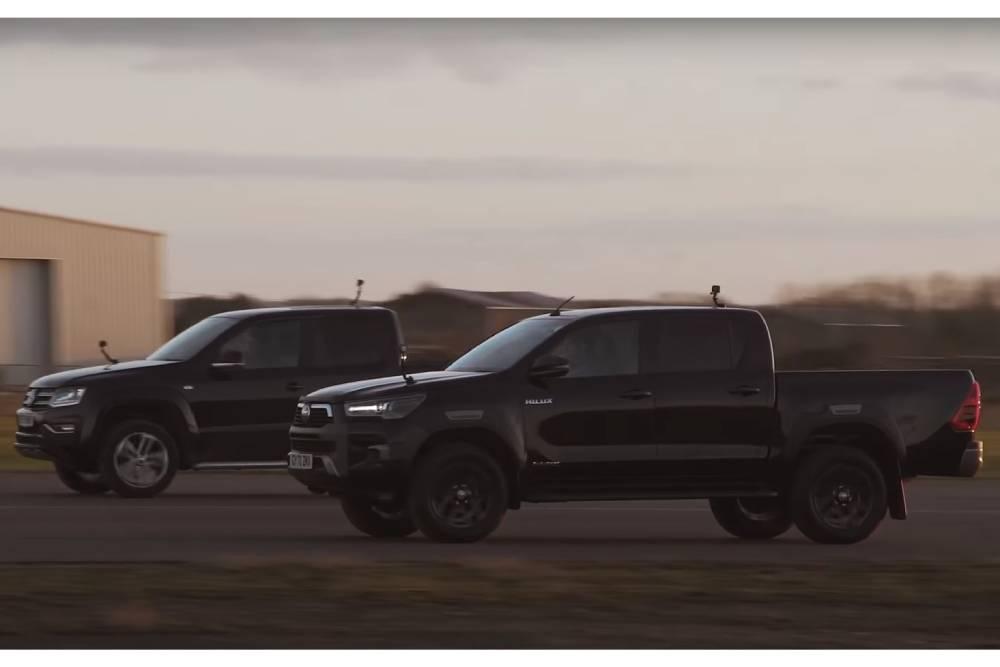 Το VW Amarok «πολτοποιεί» το Toyota Hilux (+video)
