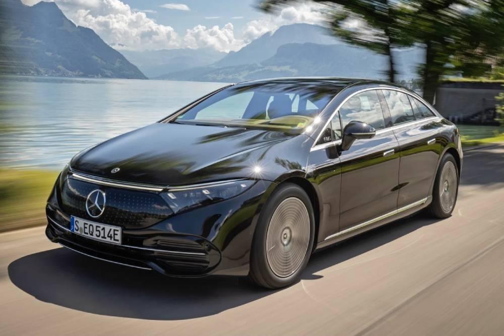 Τιμές και έναρξη πωλήσεων για τη Mercedes EQS