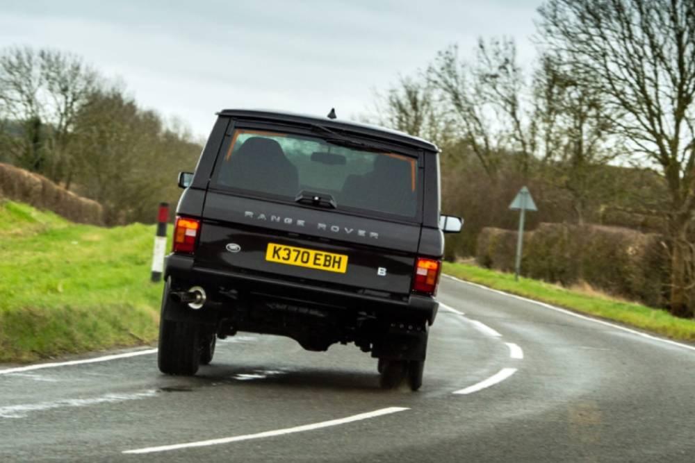 Νέο… παλιό Range Rover με κινητήρα Corvette!