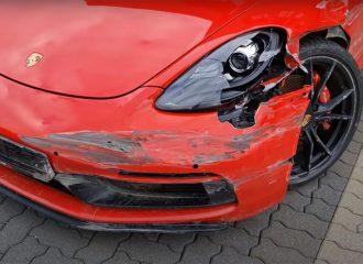 100.000 ευρώ για αυτή τη ζημιά σε Porsche Cayman;