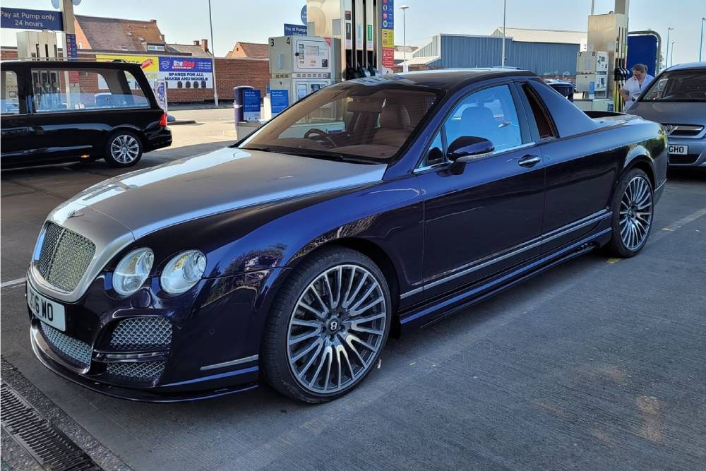 Μοναδική Bentley pick up για λόρδους της αγροτιάς