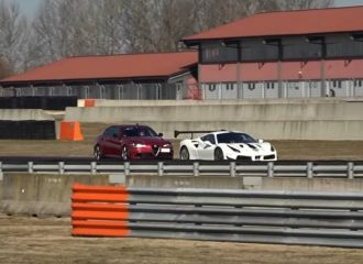 Alfa Romeo Giulia 600HP κυνηγά αγωνιστική Ferrari (+video)