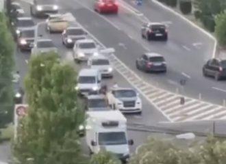 Rolls-Royce «έμεινε» κι έκλεισε την κυκλοφορία (+video)