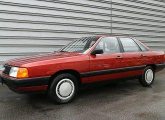 «Χαρτί» Audi 100 του 1983 με 16.000 χλμ.