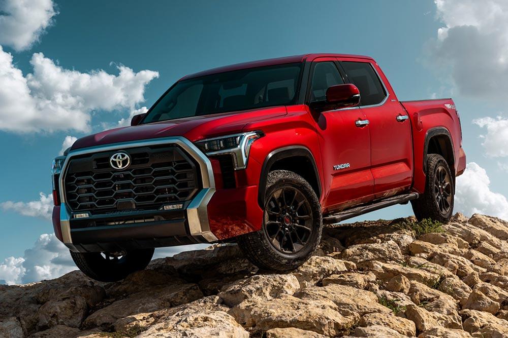 Νέο Toyota Tundra και hybrid twin-turbo 443 ίππων