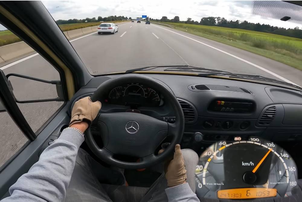 Πώς είναι να πηγαίνεις «τέρμα» με τροχόσπιτο; (+video)