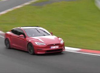 Η Tesla «πολτοποίησε» ρεκόρ της Porsche (+video)