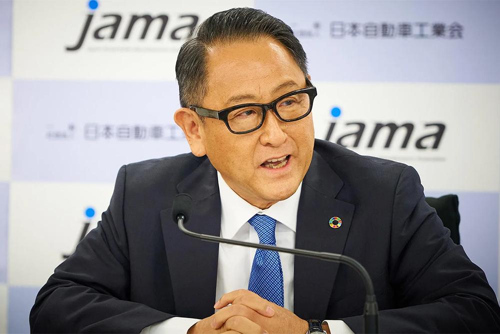 Πρόεδρος Toyota: «Τα ηλεκτρικά θα κόψουν θέσεις εργασίας»!