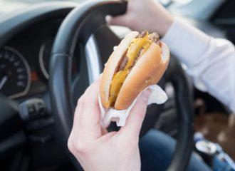 Διατροφή και ταξίδι: Τι πρέπει να προσέξετε!