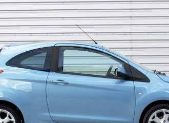 Kaταπλητικό αυτοκίνητο με ένα πεντοχίλιαρο