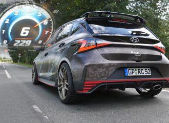 Τέζα με Hyundai i20 N νορμάλ και τσιπαρισμένο (+video)