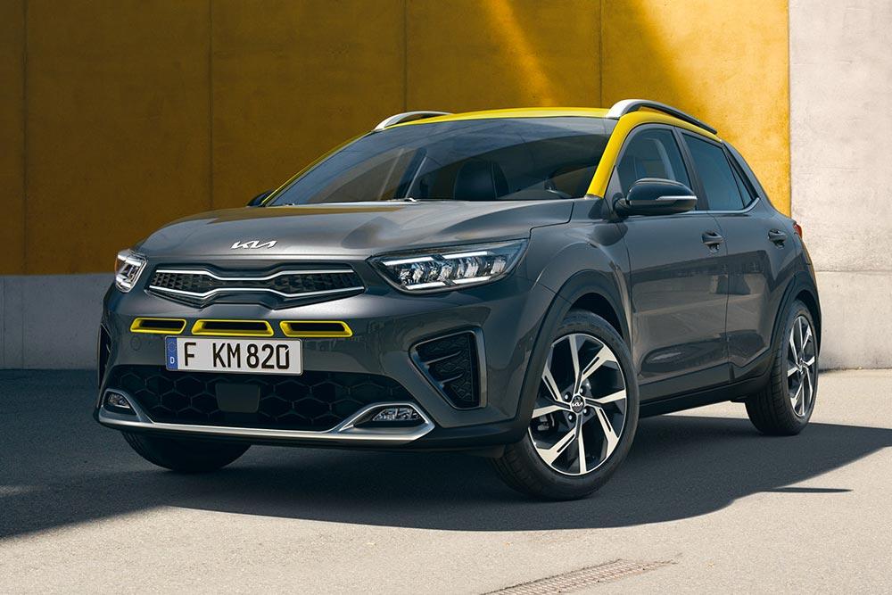 Ήρθαν τα νέα Kia Stonic με τιμή από 15.290 ευρώ