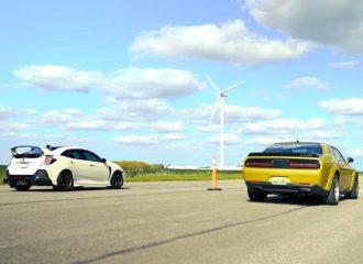 Civic Type R 380HP ταπεινώνει Challenger 485HP